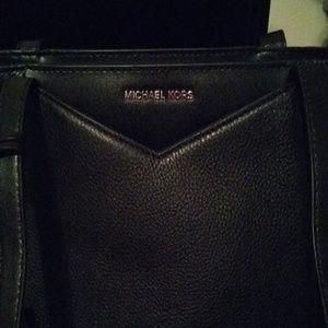 Michael kors purse w/wallet set